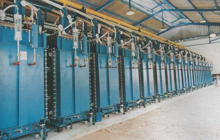 A picture of a Hydrogen Production Electrolysis set up